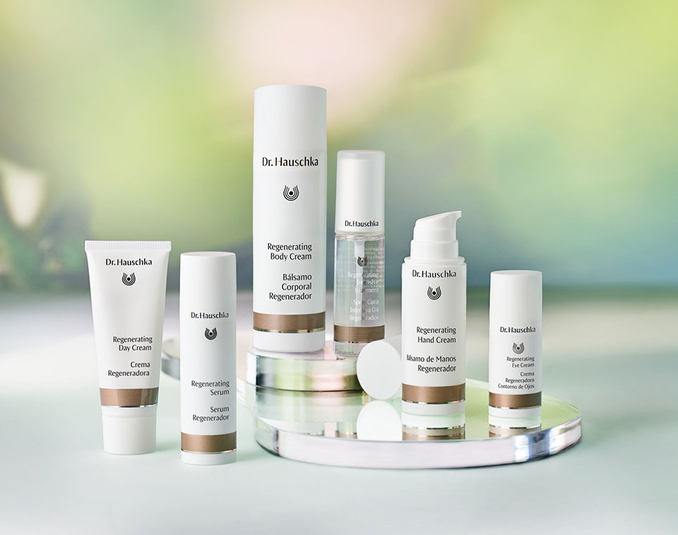 dr hauschka regenerating eye cream