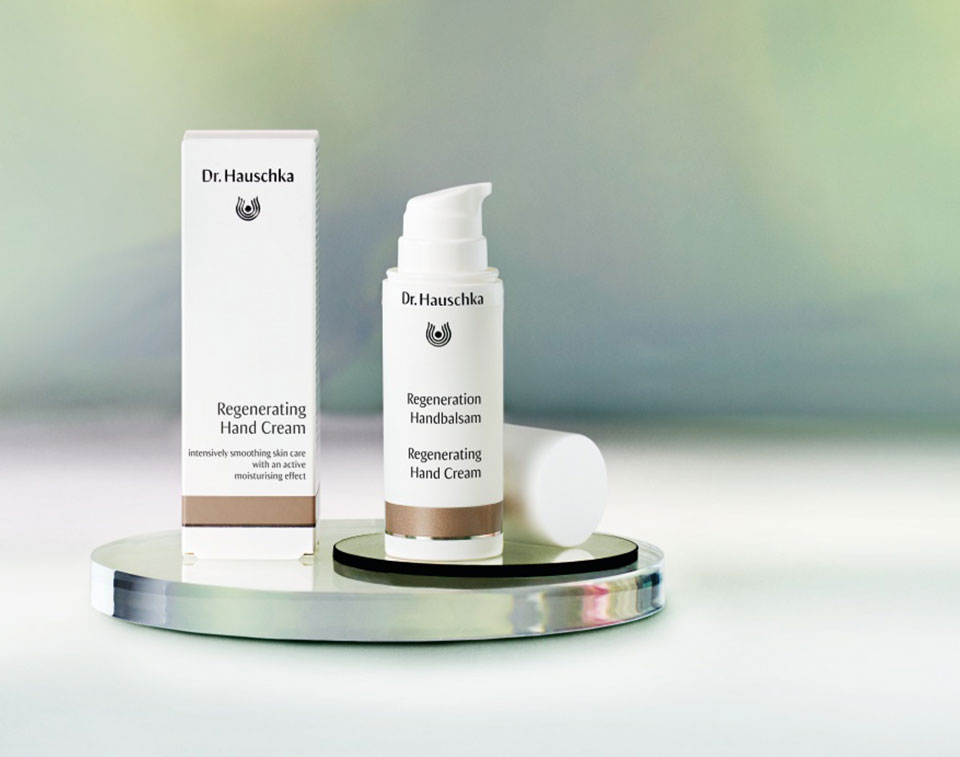New: Regenerating Hand Cream. Intensively smoothing skin care with an active moisturising effect